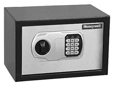 Honeywell Model Small Steel Security Safe 0.36 Cubic Feet