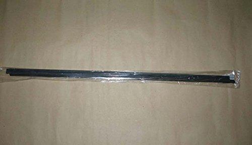 Motorstorex Weatherstrip Assy Door Belt Rubber Front Door Right for Nissan D21 Hardbody Pathfinder Pickup Truck