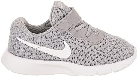 41TKM0iiN4L. AC Nike Boy's Tanjun Running Shoes    The versatile Nike Tanjun is a casual and comfortable model. They feature a a breathable mesh upper, padded collar/tongue, fabric lining, and a phylon midsole/outsole.