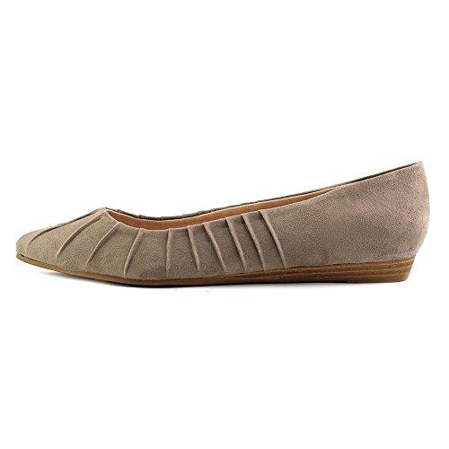 Fergalicious Polly Femmes US 6.5 Beige Chaussure Plate