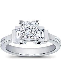 1.01 ct TW Princess Cut Diamond Engagement Ring in Platinum