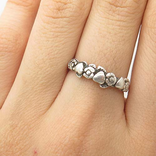 0.25' Sterling Silver Charm - Floral Design Ring Size 7 1/4 DG-719