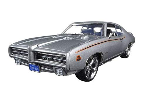 Motormax 1969 Pontiac GTO Judge Hard Top, Silver 73133TC/SV - 1/18 Scale Diecast Model Toy - Judge Hardtop Pontiac Gto