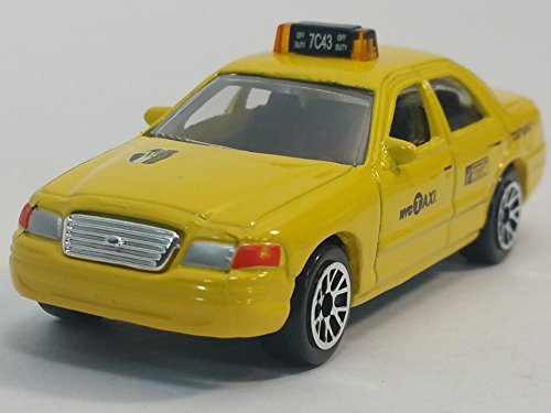 Car Diecast Taxi (Daron NYC Ford Crown Victoria Yellow Medallion Taxi Cab 1/64 Scale Diecast Car)