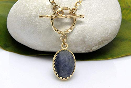 blue jade necklace,oval pendant necklace,gold necklace,toggle clasp chain necklace,charm necklace,stone necklace