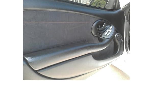 Amazon.com: Pontiac Firebird 1997-02 insercion de puertas delanteras de RedlineGoods: Automotive