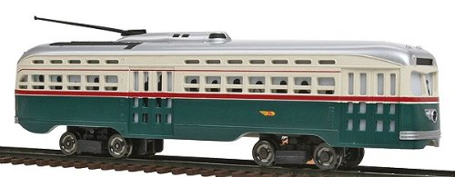 Bachmann PCC Street Car Toronto Transit with Die-Cast Power Truck HO Scale ()