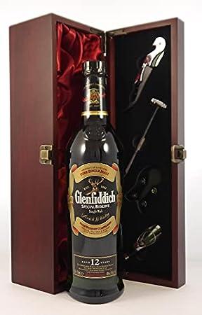 Glenfiddich Special Reserve 12 Year Old Speyside Single Malt Scotch Whisky (discontinued bottling) 70cls en una caja de regalo forrada de seda con cuatro accesorios de vino, 1 x 700ml