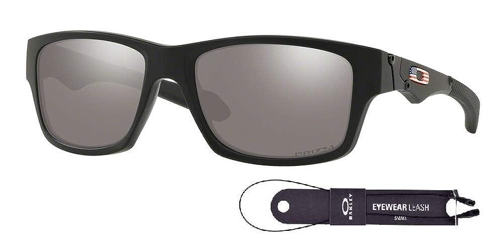 455504fe1ac85 Amazon.com  Oakley Jupiter Squared OO9135 913533 56M Matte Black Prizm Black  Sunglasses For Men+BUNDLE with Oakley Accessory Leash Kit  Clothing