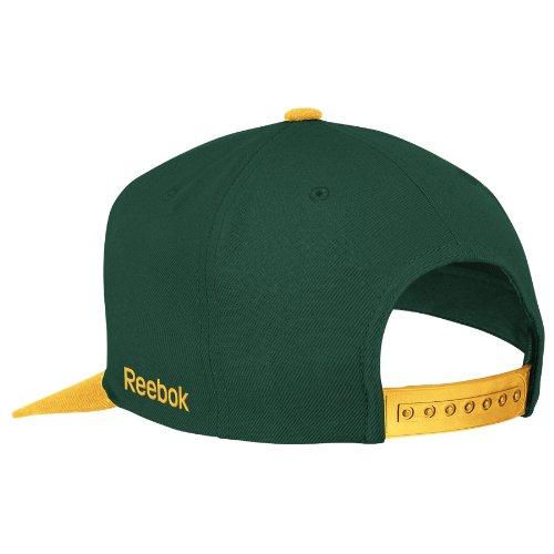 Amazon.com   NFL Men s Green Bay Packers Snapback Hat (Green Bay Packers 16de08a2fcd