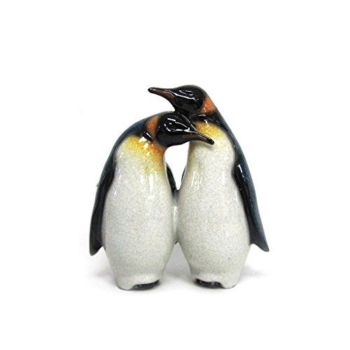 Antarctica Wildlife Lovely Couple Emperor Penguins Figurine