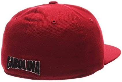 Size 7 3//4 Cardinal NCAA Zephyr South Carolina Fighting Gamecocks Mens M15 Fitted Hat