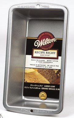 Wilton Loaf Pan Large 9-1/4 inch X 5-1/4 inch Non Stick Steel