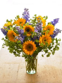 Sunflower Delight Bouquet by Organic Bouquet