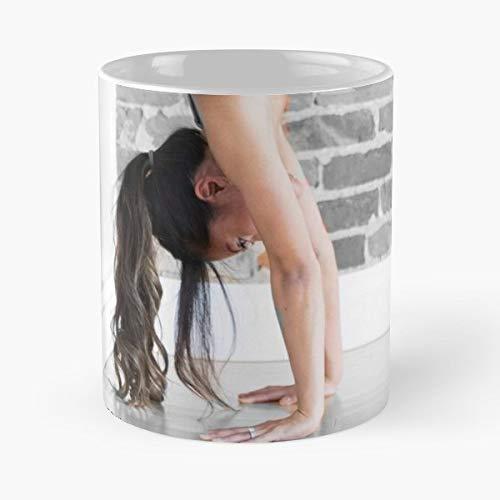 Femme Woman Female Beauty Funny Christmas Day Mug Gifts Ideas For Mom - Great Ceramic Coffee Tea ()