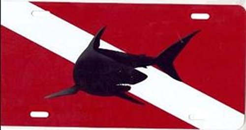 (Advanced Graphics Mako Shark on Dive Flag License Plate)