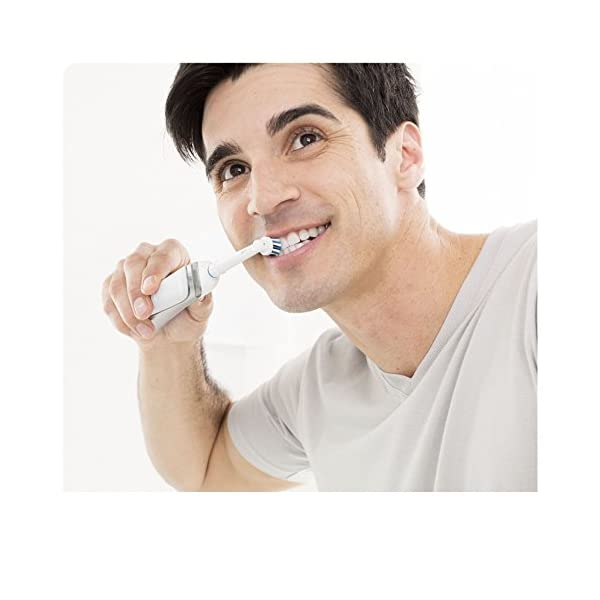 Brosse à dents électrique pro 1000 cross action 8
