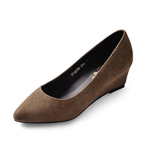 zapatos de los pies en punta/En cuñas con los zapatos de las mujeres de talla grande/ zapato de pala superficial B