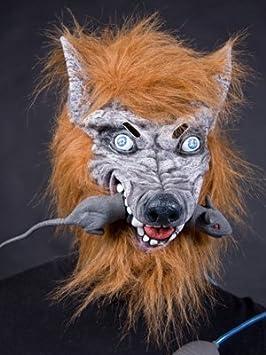 Adultos máscara de látex con la rata en la boca del lobo
