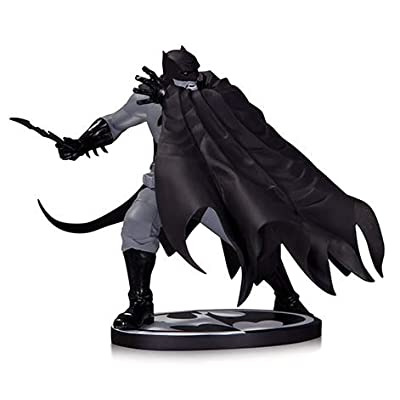 DC Batman Black & White 7 Inch Statue Figure - Batman by Dave Johnson: Toys & Games