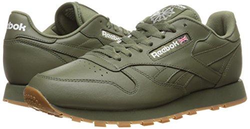 Reebok Men s CL Lthr Gum CU Fashion Sneaker - Choose SZ color  cc60dc44a