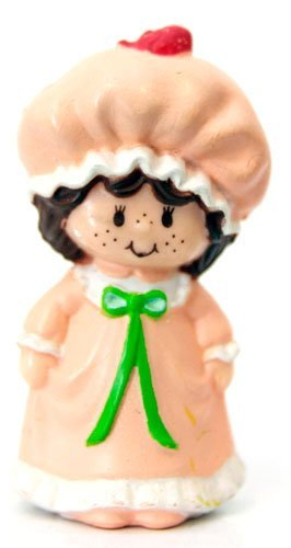 Strawberry Shortcake Mini in Her Nightgown Kenner 1982 ()