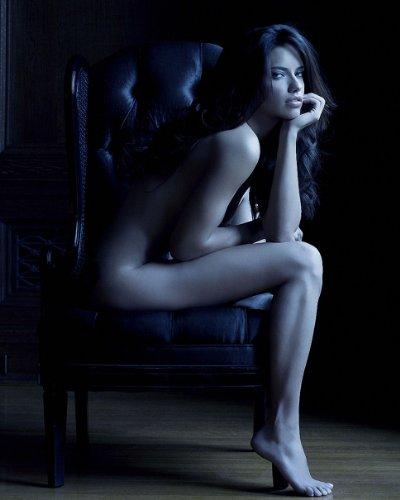 Adriana Lima 8X10 Celebrity Photo  17