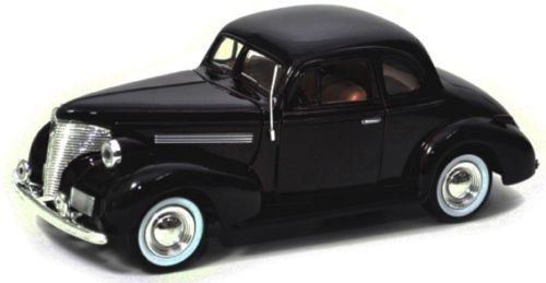 NEW 1:24 DISPLAY MOTOR MAX AMERICAN CLASSICS - BLACK 1939 CHEVROLET COUPE Diecast Model Car By Motor Max ()