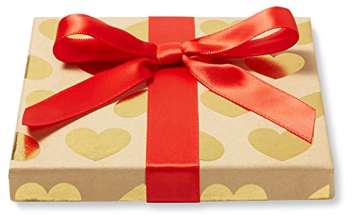 Amazon.com $50 Gift Card in a Gold Hearts Box - http://coolthings.us