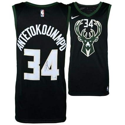 new styles d67a6 510bc Amazon.com: GIANNIS ANTETOKOUNMPO Autographed Nike Black ...