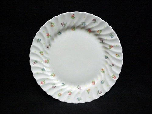 WEDGWOOD DINNER PLATE, 11