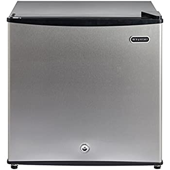 Amazon Com Whynter Cuf 210ss Energy Star Upright Freezer