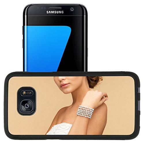 [Luxlady Premium Samsung Galaxy S7 Edge Aluminum Backplate Bumper Snap Case IMAGE ID: 29640171 beautiful bride wearing pearl bracelet] (Pearl Id Bracelet)