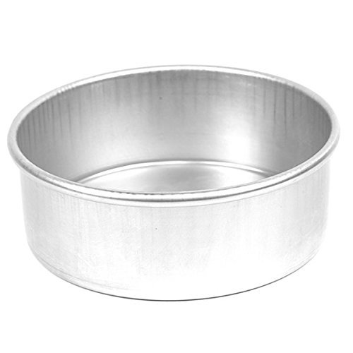- Parrish's Magic Line Round Cake Pan, 8 by 3-Inch Deep