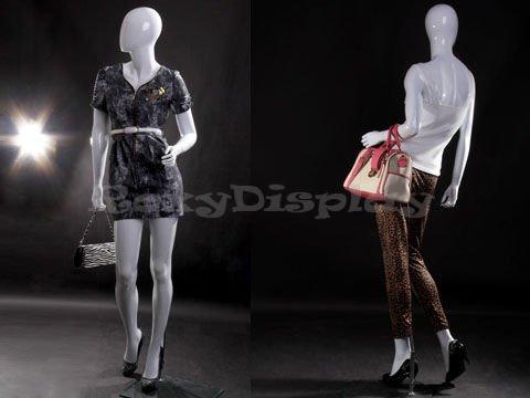 MZ-LISA4EG standing pose ROXYDISPLAY/™ Egg head female mannequin Glossy White color.