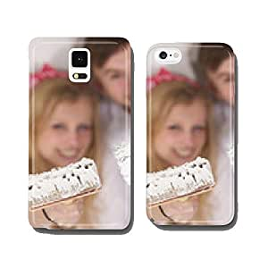 Happy young couple doing a odd-job in their new house.. cell phone cover case Samsung S5