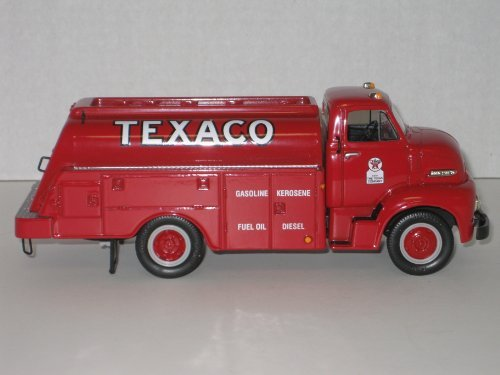 Texaco Tank - First Gear Die Cast, 18-2175, 1953 C-600 Ford Tank Truck with Texaco Farm Logo, 1/34th Scale