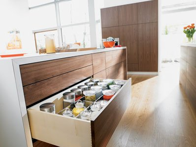 Blum Tandem Plus Blumotion Full Extension Drawer Slides - 30 kg with Couplings Qty: 1, 6252492