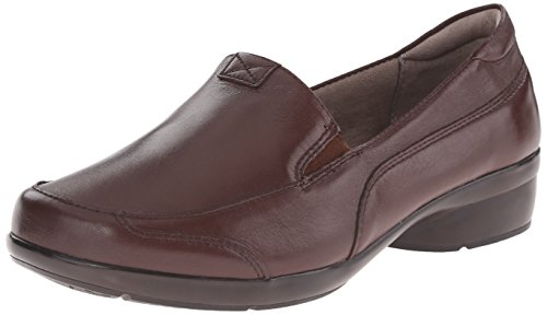 Naturalizer Women's Channing Slip-On Loafer Brown