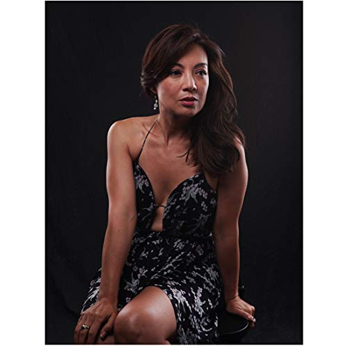 - Agents of S.H.I.E.L.D. (TV Series 2013 -) (8 inch by 10 inch) PHOTOGRAPH Ming Na Wen from Knees Up Seated on Stool kn