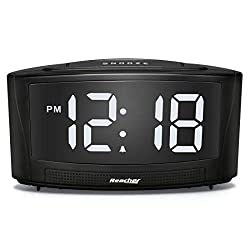 Reacher Dim Alarm Clock with Dual USB Port 0-100 Dimmer and 30-85DB Volume Controller for Bedroom Black