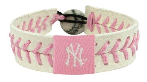 (MLB New York Yankees Pink Baseball Bracelet)