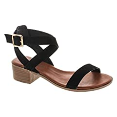 Top Moda is a fashion shoe brand based in California. Top Moda offers a wide array of styles including heels, wedges, flats, shoes, sandals and boots.