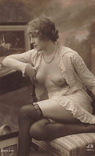 1910 Real Photo Postcard Risquà Topless Nude Woman in a Photo - Rates Shipping Worldwide Usps