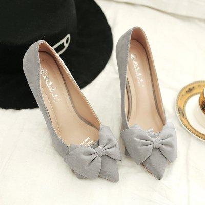 Xue Xue Xue Qiqi Satin Schuhe mit hohen Absätzen fein mit 5 cm süße Spitze Rosa Schleife binden Sie ein Schuh und vielseitig mit Angesichts der Frauen Schuhe 38 zu arbeiten Grau 8 cm 6c7310