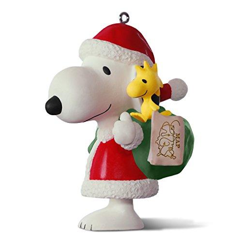 (Hallmark Keepsake 2017 PEANUTS Spotlight on Snoopy 20th Anniversary Porcelain Christmas Ornament)