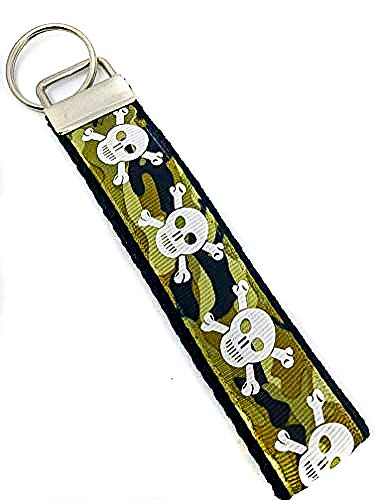 - Camo Skull & Crossbones - Keychain Polyester Fabric Wristlets for Key Fob, Key, ID Badge Holder, USB, Purse (aprox 4