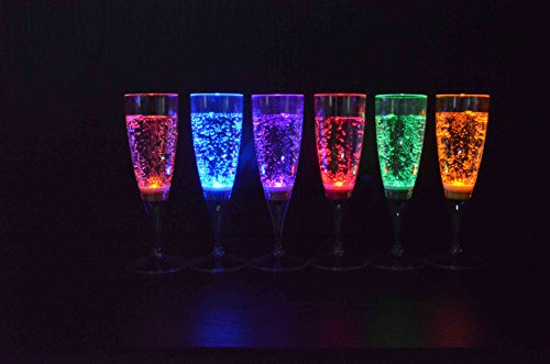 Sekt Glas Set mit LED-Lichteffekt 150 ml Hochzeit Party Sektglas LED Sektgläser 6 Stück/Set von der Marke PRECORN