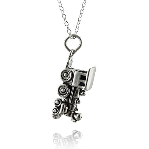 FashionJunkie4Life Sterling Silver 3D Steam Engine Train Locomotive Charm Necklace, 18