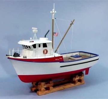 (Jolly Jay Fishing Trawler Wooden Boat Kit by Dumas)